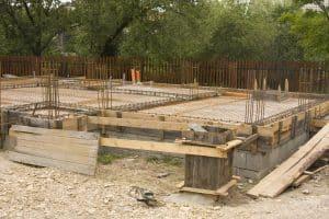 Les fondations d'une terrasse : les étapes à suivre pour y arriver !